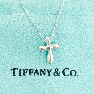 Tiffany & Co. | Elsa Peretti Mini Cross Pendant